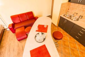 Red Apartment, Apartmány  Vratislav - big - 7