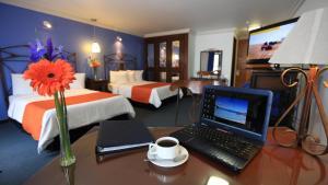 (Hotel Ciros)