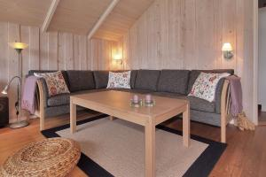 Holiday home Nørballevej A- 3141, Holiday homes  Ho - big - 17