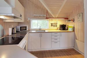 Holiday home Nørballevej A- 3141, Holiday homes  Ho - big - 10