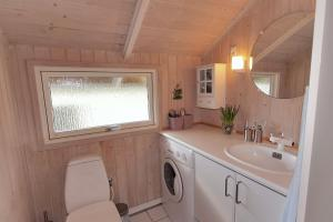 Holiday home Nørballevej A- 3141, Holiday homes  Ho - big - 19