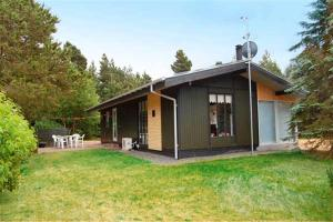 Holiday home Skovbrynet A- 4077, Nyaralók  Ho - big - 5