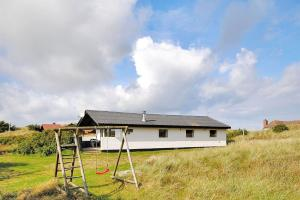Holiday home Vestklitvej H- 5148