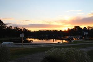 River Resort Villas