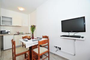 Studio Hana, Apartments  Zadar - big - 11