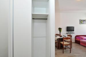 Studio Hana, Apartments  Zadar - big - 15