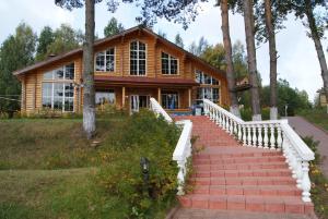 Парк-Отель Дербовеж, Западная Двина