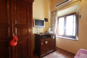 Casa Di Campagna In Toscana, Загородные дома  Совичилле - big - 35