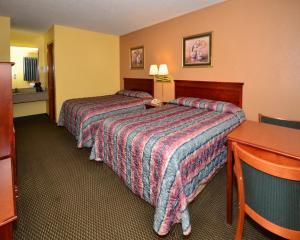 Econo Lodge Saint Robert, Hotels  Saint Robert - big - 5