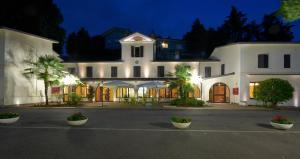 Hotel Ristorante La Grotta