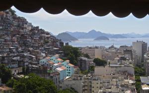Pousada Favela Cantagalo, Guest houses  Rio de Janeiro - big - 1