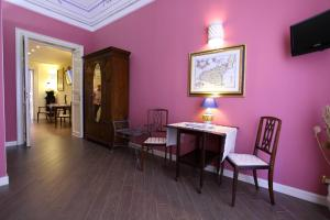 B&B Pacetti's Place, Bed & Breakfasts  Santo Stefano di Camastra - big - 7