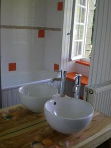 Banyo Holiday home Le Gite de Kerneuil