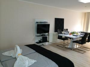 Studio Apartment L.Y.M.A.