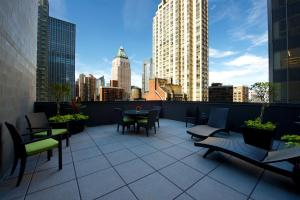 Hilton Garden Inn Central Park South, Hotely  New York - big - 38