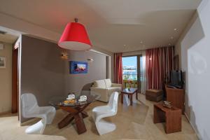 Royal Heights Resort, Üdülőközpontok  Mália - big - 23