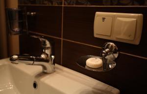 RomanticApartaments ,TWO BEDROOM, Apartments  Lviv - big - 9