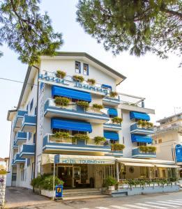 Hotel Touring, Hotely  Lido di Jesolo - big - 66