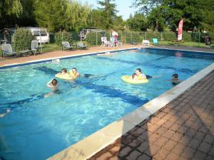 Team Holiday - Camping Les Catalpas