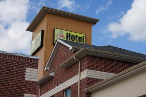 The Bungalows Hotel & Event Center at Lakeline Austin / Cedar Park