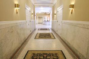 Luxury 2 Bedroom By Rittenhouse