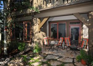 Pinecone Lodge by Exclusive Vail Rentals, Apartmány  Beaver Creek - big - 1