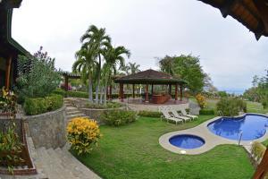Las Mananitas photos