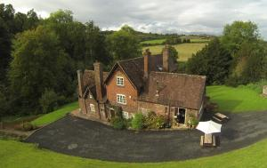 Worralls Grove Farm House Bed & Breakfast