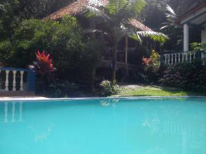 Hotel Cabanas Paradise