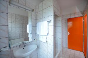 Hostel Nord, Szállodák  Temesvár - big - 15