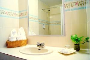 37309341 โรงแรมดิ อินเตอร์เนชั่นแนล เชียงใหม่ วายเอ็มซีเอ เชียงใหม่