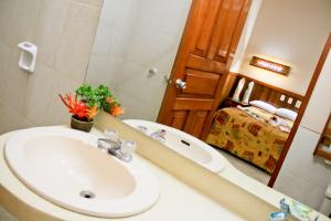 Ceiba Tops, Lodges  Santa Teresa - big - 37
