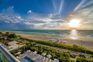 Mare Azur Miami Luxury Apartments by MC Miami Beach