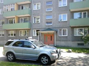 Ehitajate tee Apartment