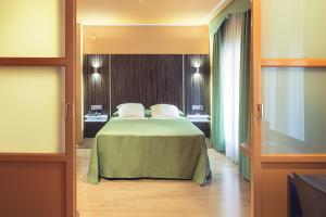 Hotel Gran Via, Hotely  Zaragoza - big - 23