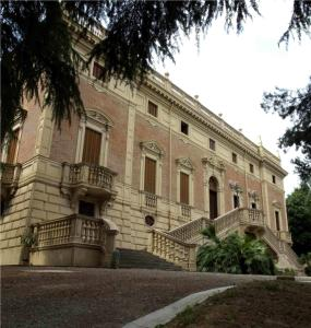 Villa Benni B&B, Bed & Breakfasts  Bologna - big - 17
