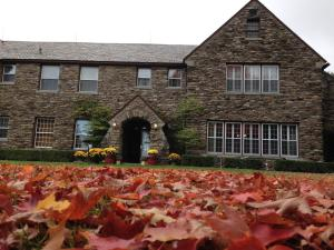 Fern Hall Inn - Accommodation - Carbondale