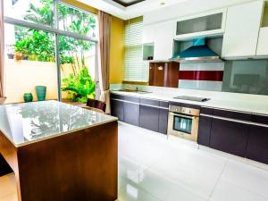 37605063 Siri Paradise Villa พัทยา