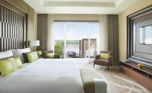 Anantara Mangroves Pool Suite
