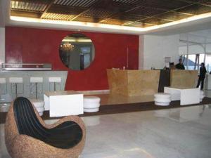 Crowne Plaza 509-510 by Sosa