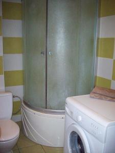Andriaus Apartamentai, Apartments  Šiauliai - big - 9