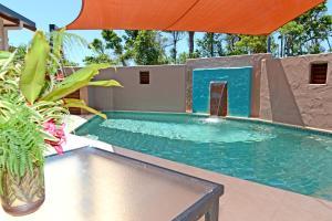 Pandanus Holiday Apartments - Mission Beach, Queensland, Australia