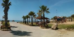 Near Olga Beach Villa