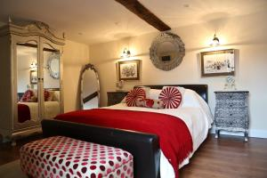Muddifords Court Country House, Bed & Breakfasts  Cullompton - big - 13