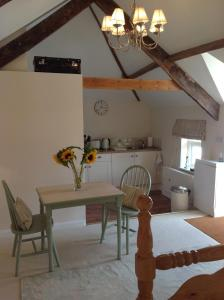 Muddifords Court Country House, Bed & Breakfasts  Cullompton - big - 12