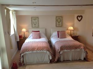 Muddifords Court Country House, Bed & Breakfasts  Cullompton - big - 8