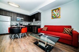 Downtown Athena Apartment