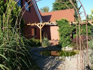 Villa Saterland, Villák  Ostrhauderfehn - big - 9