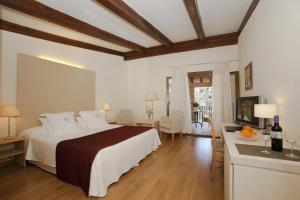 L' Hermitage Hotel & Spa