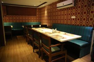Hotel Nakshatra Inn, Szállodák  Haidarábád - big - 20